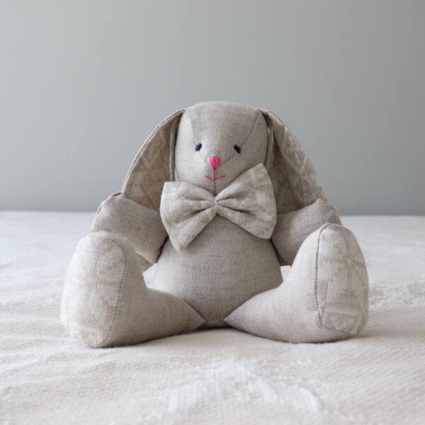 Kaisujänes käsitöö mänguasi kingiidee Loko